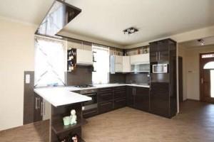 Lakóparki lakás konyha