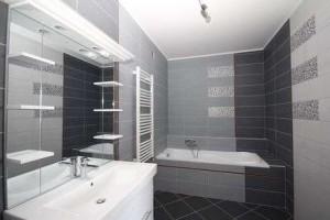 Lakóparki lakás fürdőszoba